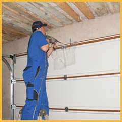 Community Garage Door Service Boston, MA 617-300-0729